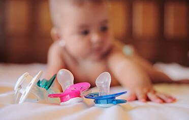 How to phase out the pacifier without tears?